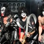 «Les fans de metal sont des êtres très délicats»