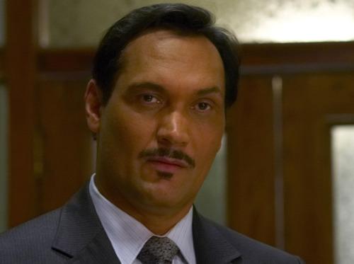 La moustache dans les séries des années 2000