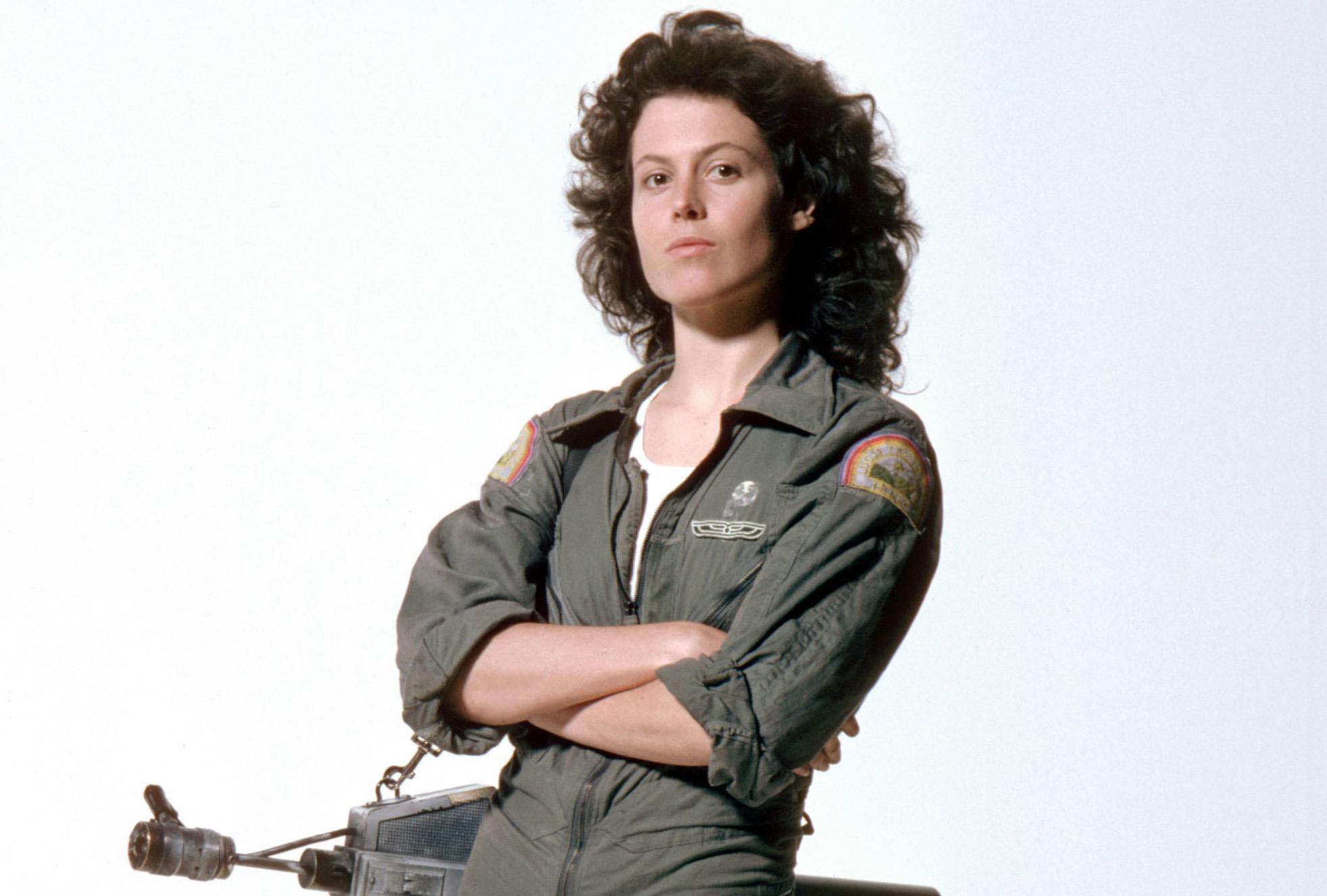 100 badass du cinéma, épisode 7 : Sigourney Weaver, Michelle Pfeiffer, Denzel Washington, Summer Glau, George Clooney