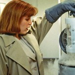 X-Files en 20 épisodes : The Erlenmeyer Flask (Les Hybrides) [1×23]
