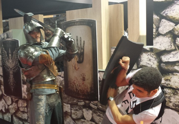 De la violence au stand Dark Souls 2 ! gnak gnak