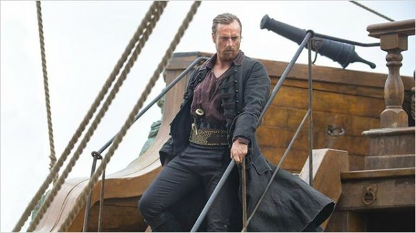 Le capitaine Flint (Toby Stephens). Photo Starz