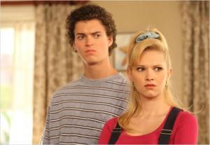 Connor Buckley et Claudia Lee