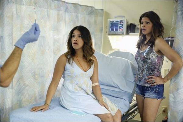 """""""Dios Mio : mais comment c'est possible ?"""" (Jane the Virgin). Photo The CW"""