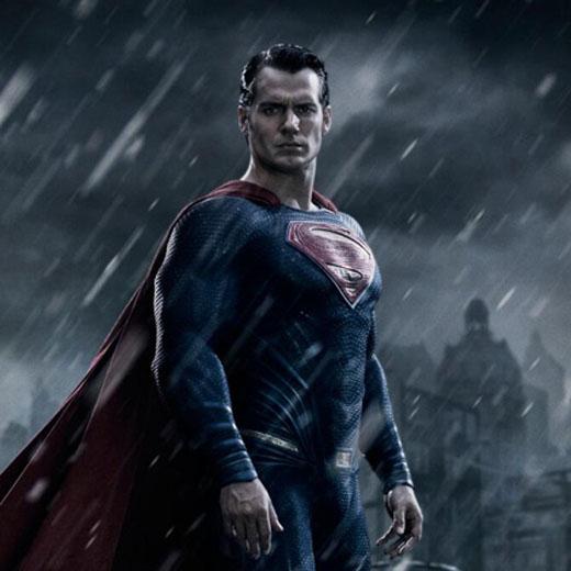 Batman v Superman: une première photo  de Sup' en costume