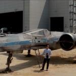 J.J. Abrams dévoile le nouveau X-Wing de Star Wars