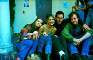 malgré les relations parfois difficiles et les personnalités parfois dures à gérer (Sarah Michelle Gellar ou Robert Downey Jr en tête), tous reconnaissent l'effort constant de Whedon pour essayer de maintenir une ambiance saine sur les plateaux.