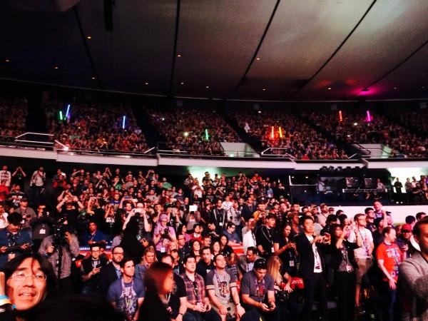 Anaheim, Californie, le 16 avril 2015 : 12 000 personnes en liesse lorsque débute le panel The Force Awakens de la Star Wars Celebration