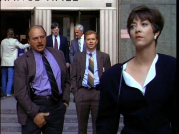 La fameuse scène choc du prologue diffusée dans le pilote.