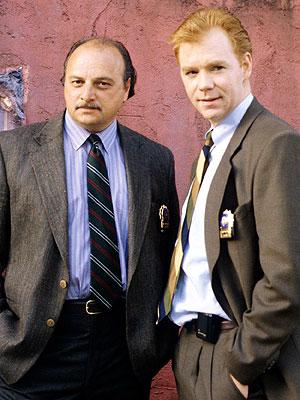 Sipowicz et John Kelly (David Caruso).