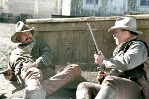 Charley Waite (Kevin Costner) et Boss Spearman (Robert Duvall).