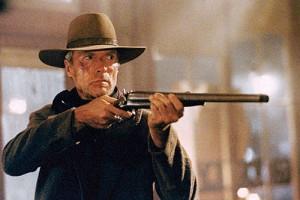 William Muny (Clint Eastwood), la Faucheuse en personne... Et ça ne traine pas quand il s'agit de faire le sale boulot.