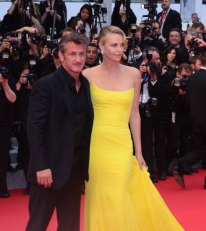 A Cannes 2015, avec Sean Penn, son compagnon depuis plus d'un an.