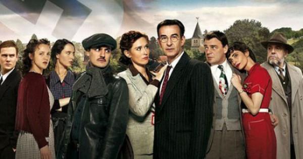 Un Village Français (France 3), exemple de série qui a su s'inscrire dans la logique d'une diffusion régulière sur un temps resserré.