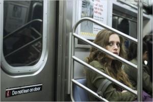 mr-robot-darlene-subway