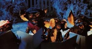 Les gremlins chantent Noël.