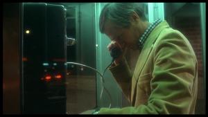 Le producteur Roger Corman dans The Howling.