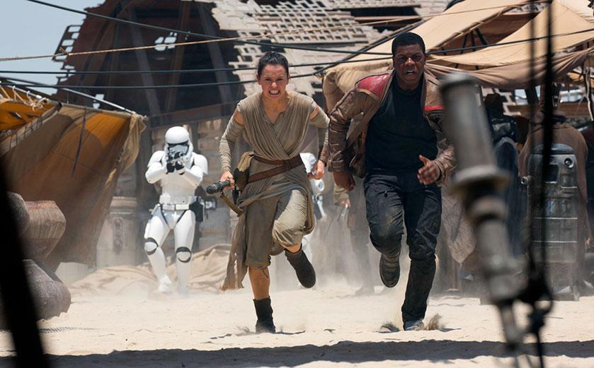 MOVIE MINI REVIEW : critique de Star Wars: Le réveil de la force