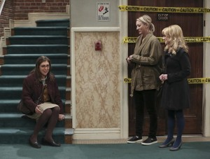 amy-sure-looks-happy-the-big-bang-theory-s9e11