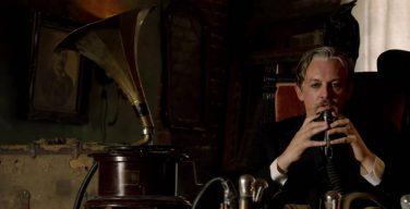 Nouveau clip de KoRn, Rotting in Vain, avec l'acteur Tommy Flanagan
