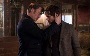 (faut dire aussi que le showrunner Bryan Fuller a tout fait pour créer une atmosphère homoérotique dans sa série Hannibal)