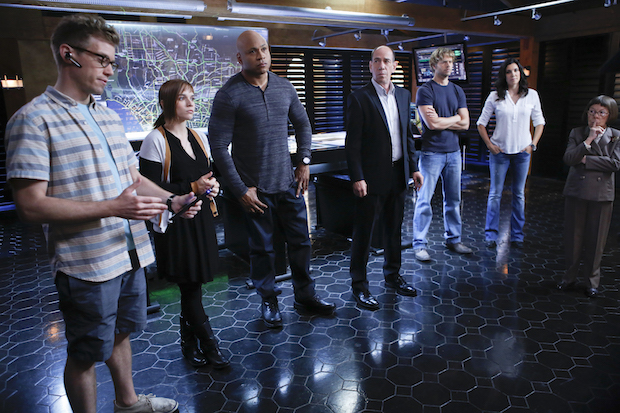 """""""Reznikov, N."""" – Pictured (L-R): Barrett Foa (Tech Operator Eric Beale), Renée Felice Smith (Intelligence Analyst Nell Jones), LL COOL J (Special Agent Sam Hanna), Miguel Ferrer (NCIS Assistant Director Owen Granger), Eric Christian Olsen (LAPD Liaison Marty Deeks), Daniela Ruah (Special Agent Kensi Blye), and Linda Hunt (Henrietta """"Hetty"""" Lange). The NCIS: LA team finds themselves in danger while investigating a kidnapping case of a man claiming to be Callen's father, on the 100th episode of NCIS: LOS ANGELES, Tuesday, Oct. 15 (9:00-10:00 PM, ET/PT) on the CBS Television Network. Photo: Cliff Lipson/CBS ©2013 CBS Broadcasting, Inc. All Rights Reserved."""