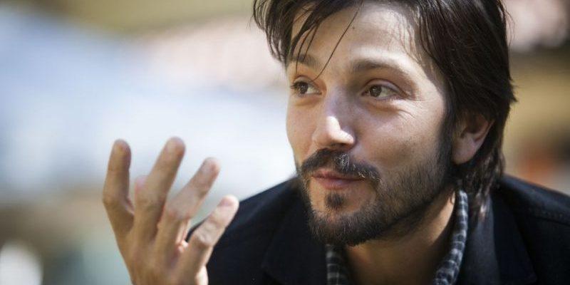 Diego Luna jouera dans le reboot de Scarface, qui perd Antoine Fuqua