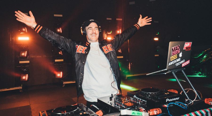 """#Critique : Autopsie d'un DJ """"bras en l'air"""" ? (What would Diplo do? / Viceland)"""