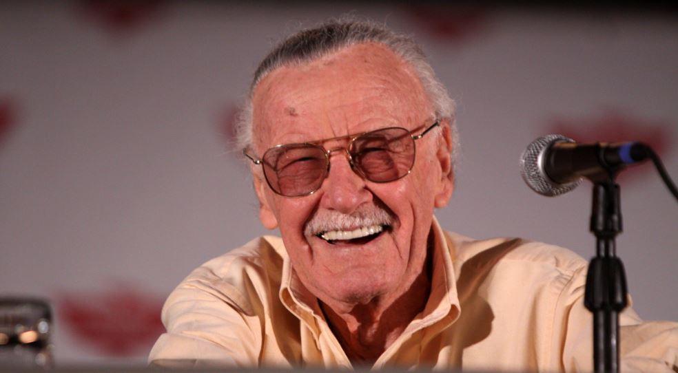 Stan Lee : portrait du scénariste en demi-dieu