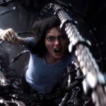 Alita Battle Angel : Méchants cyborgs et cœur avec les doigts